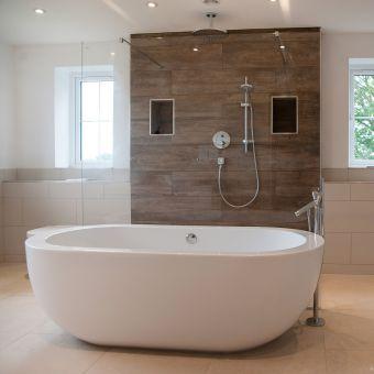 BC Designs Ovali Freestanding Acrymite Bath