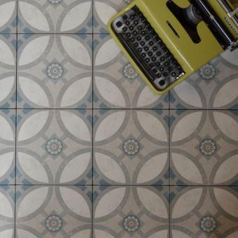 Origins Vintage Classic Tile 22.3 x 22.3cm - SLT155
