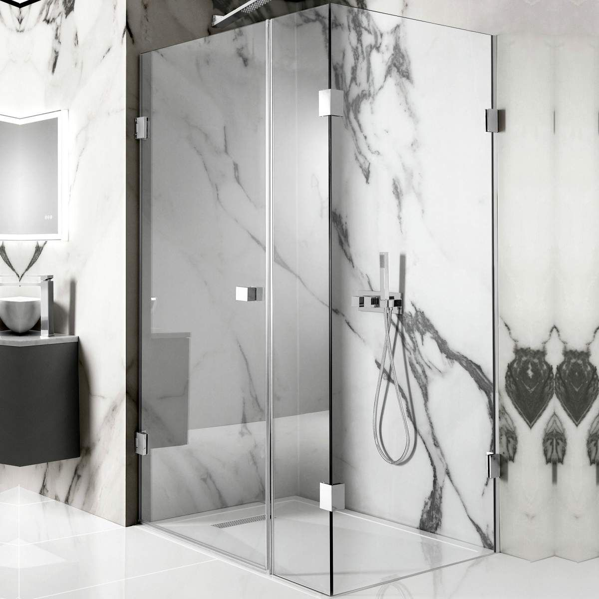 picture of a frameless shower enclosure