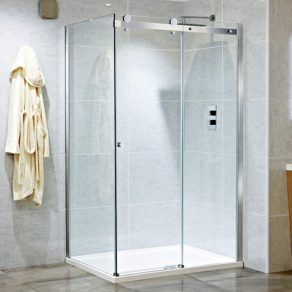 Phoenix Motion 8mm Frameless Single Sliding Shower Door