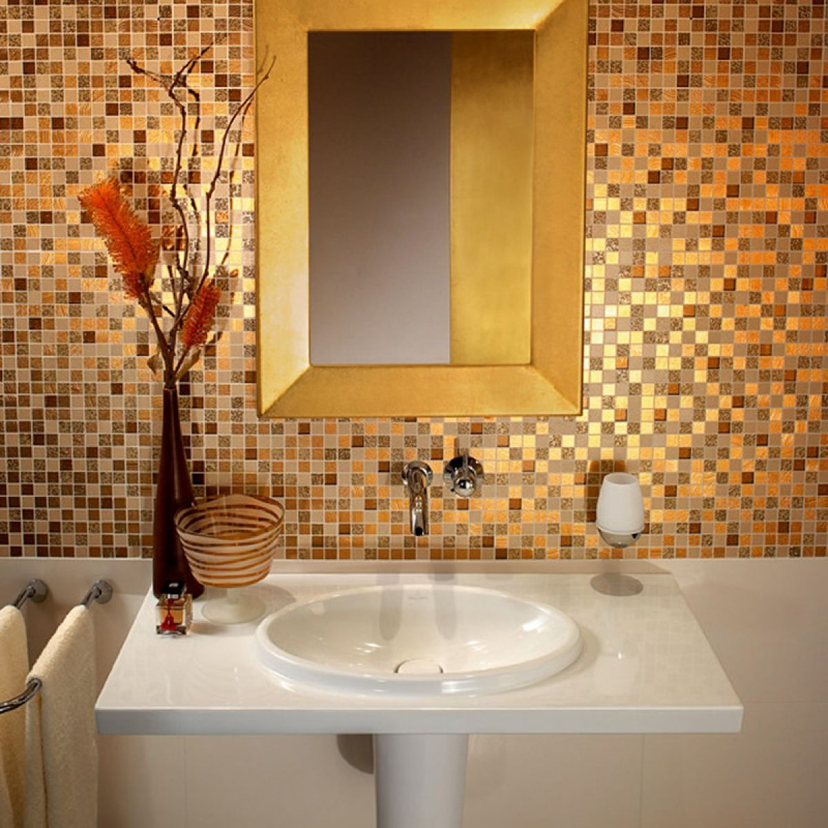 V b moonlight mosaic tiles 1042 30 x 30cm uk bathrooms for Gold mosaic bathroom accessories