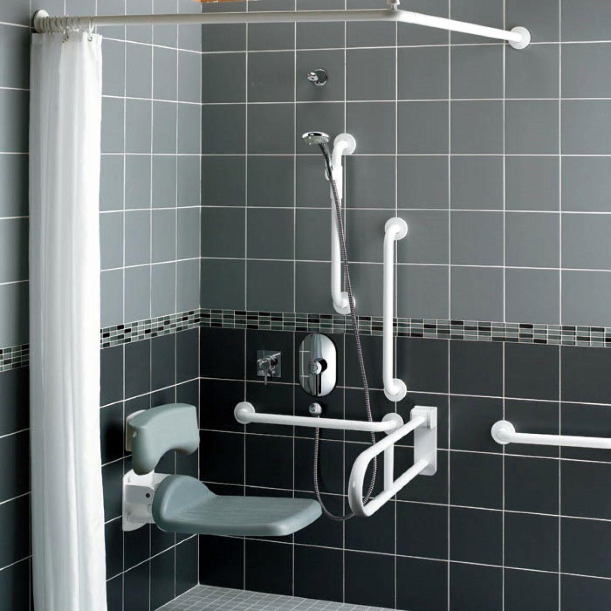 Armitage Shanks Contour 21 Doc M Shower Room : UK Bathrooms