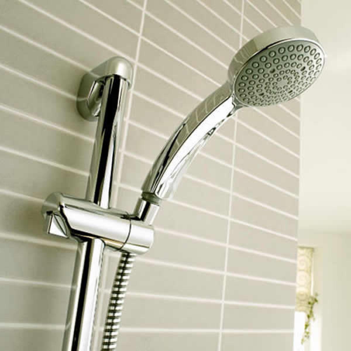 mira minilite eco mixer shower uk bathrooms mira minilite eco mixer shower