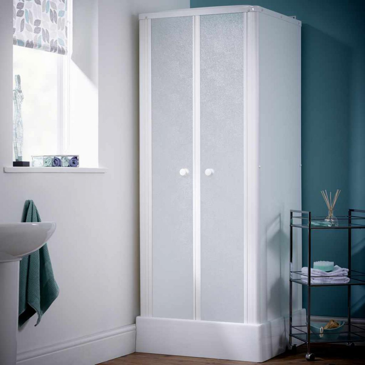 Kinedo Consort Shower Cubicle : UK Bathrooms