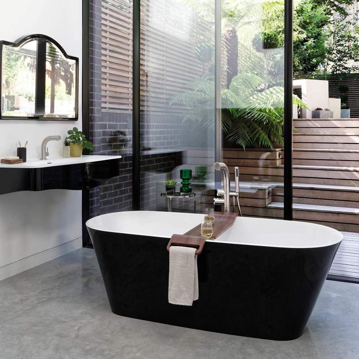 Victoria And Albert Vetralla Freestanding Double Ended Bath Uk Bathrooms