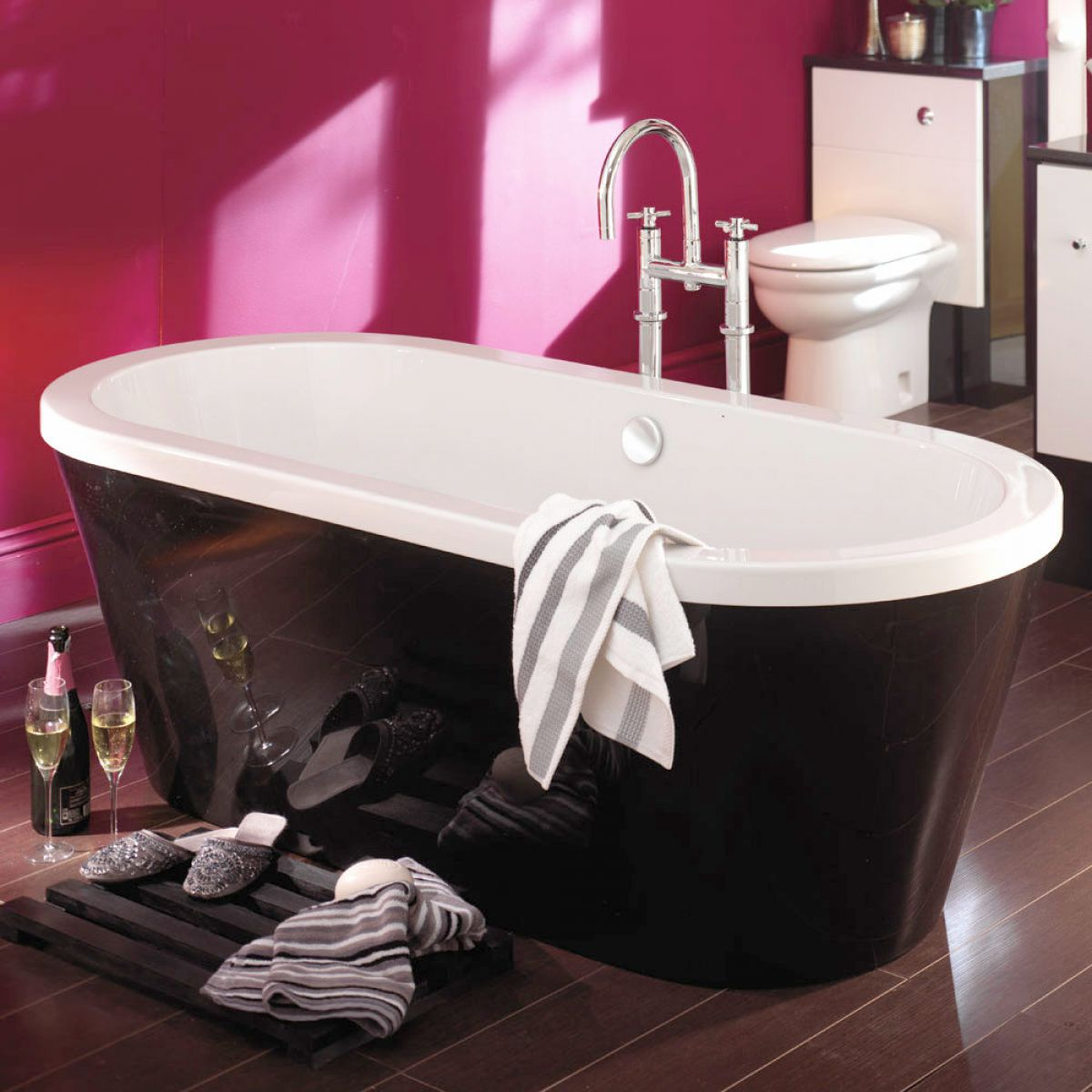 Carron Halcyon Oval Freestanding Bath