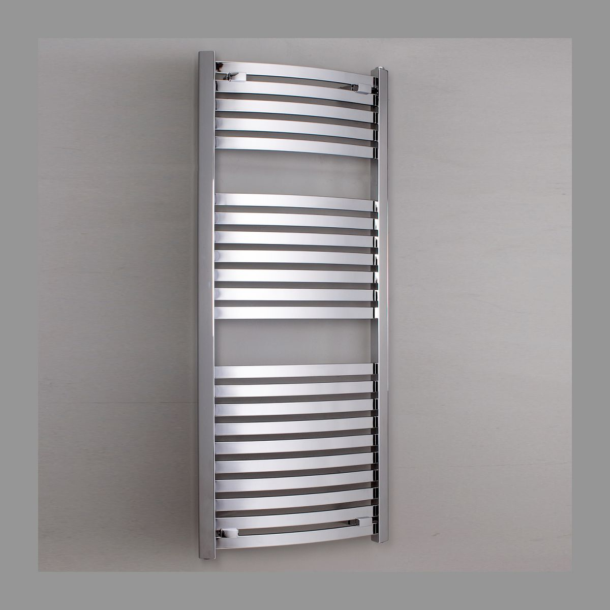 phoenix rochelle chrome curved radiator uk bathrooms. Black Bedroom Furniture Sets. Home Design Ideas
