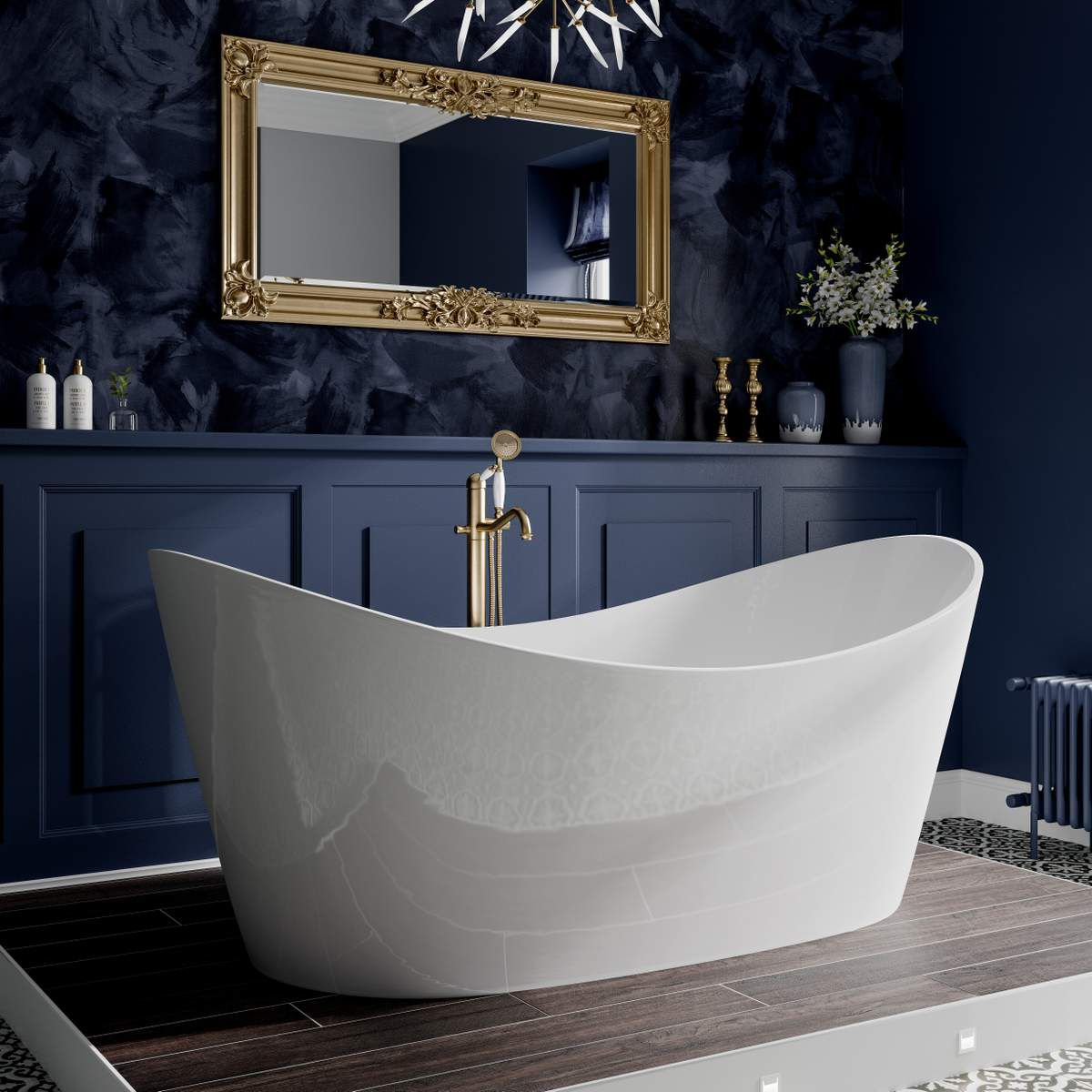 image example of a freestanding bath