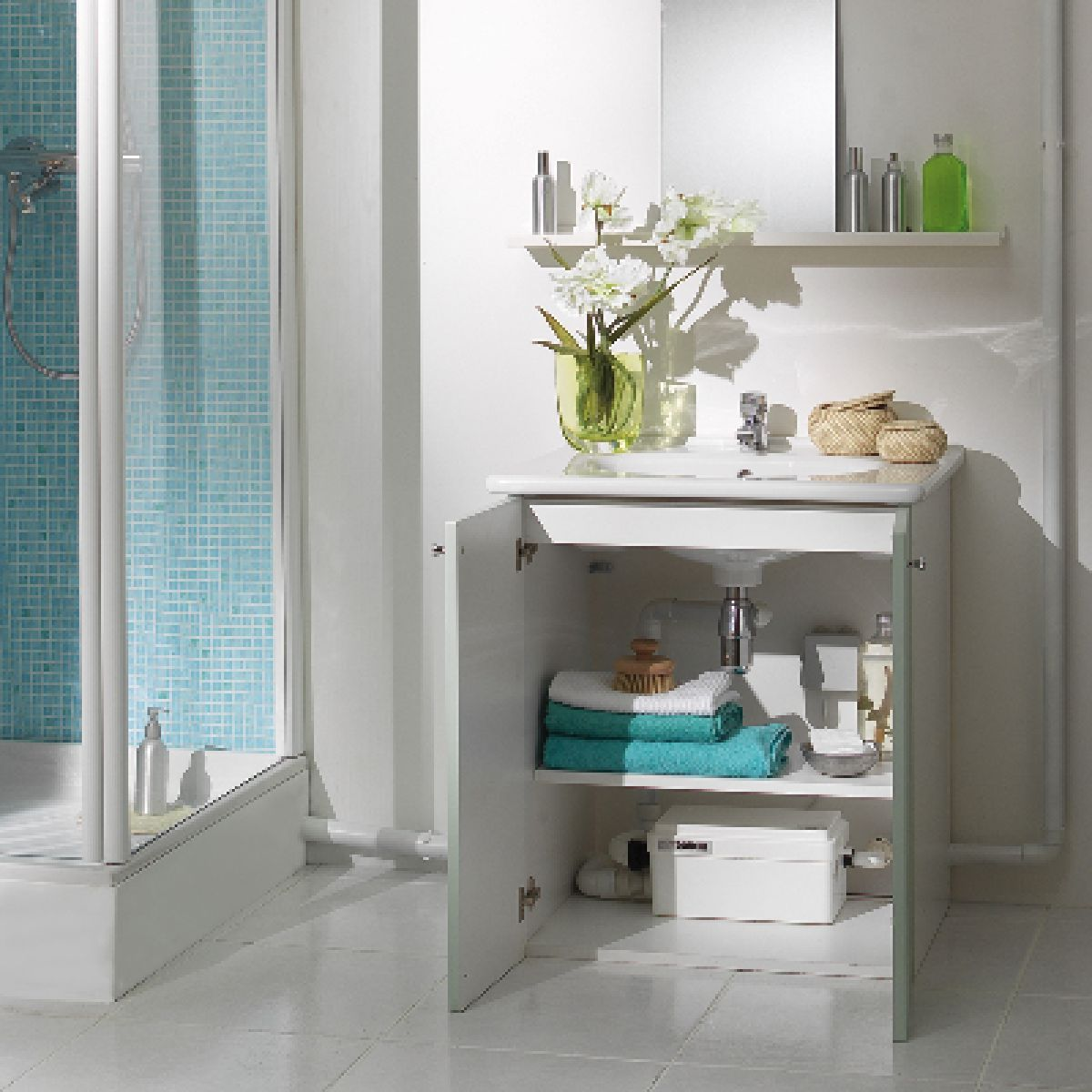 Saniflo Sanishower Flat Pump : UK Bathrooms