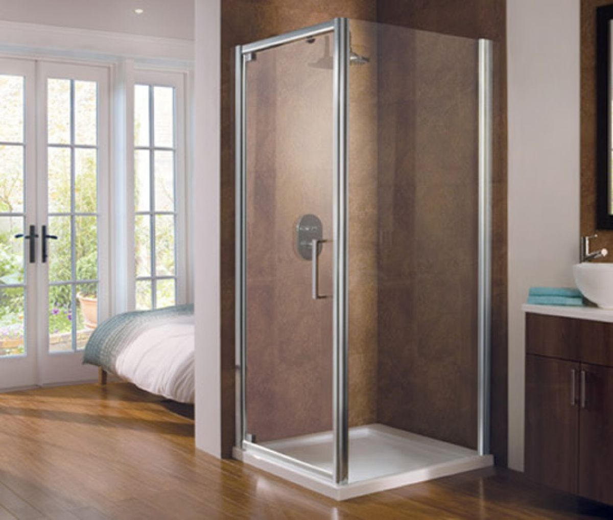 Manhattan m8 1000mm pivot shower door ukbathrooms for 1000mm shower door