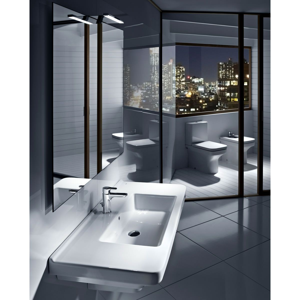 Roca dama n floorstanding open back bidet uk bathrooms for Roca dama toilet