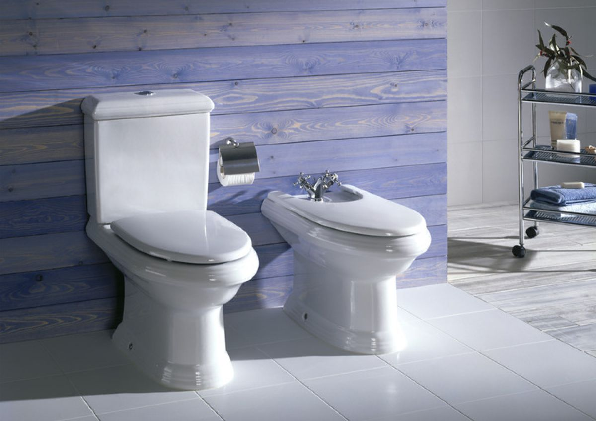 Roca New Classical Close Coupled Toilet Uk Bathrooms