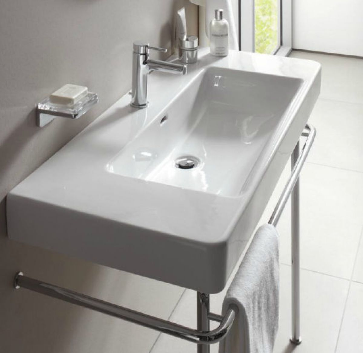 laufen pro a chrome basin stand uk bathrooms. Black Bedroom Furniture Sets. Home Design Ideas