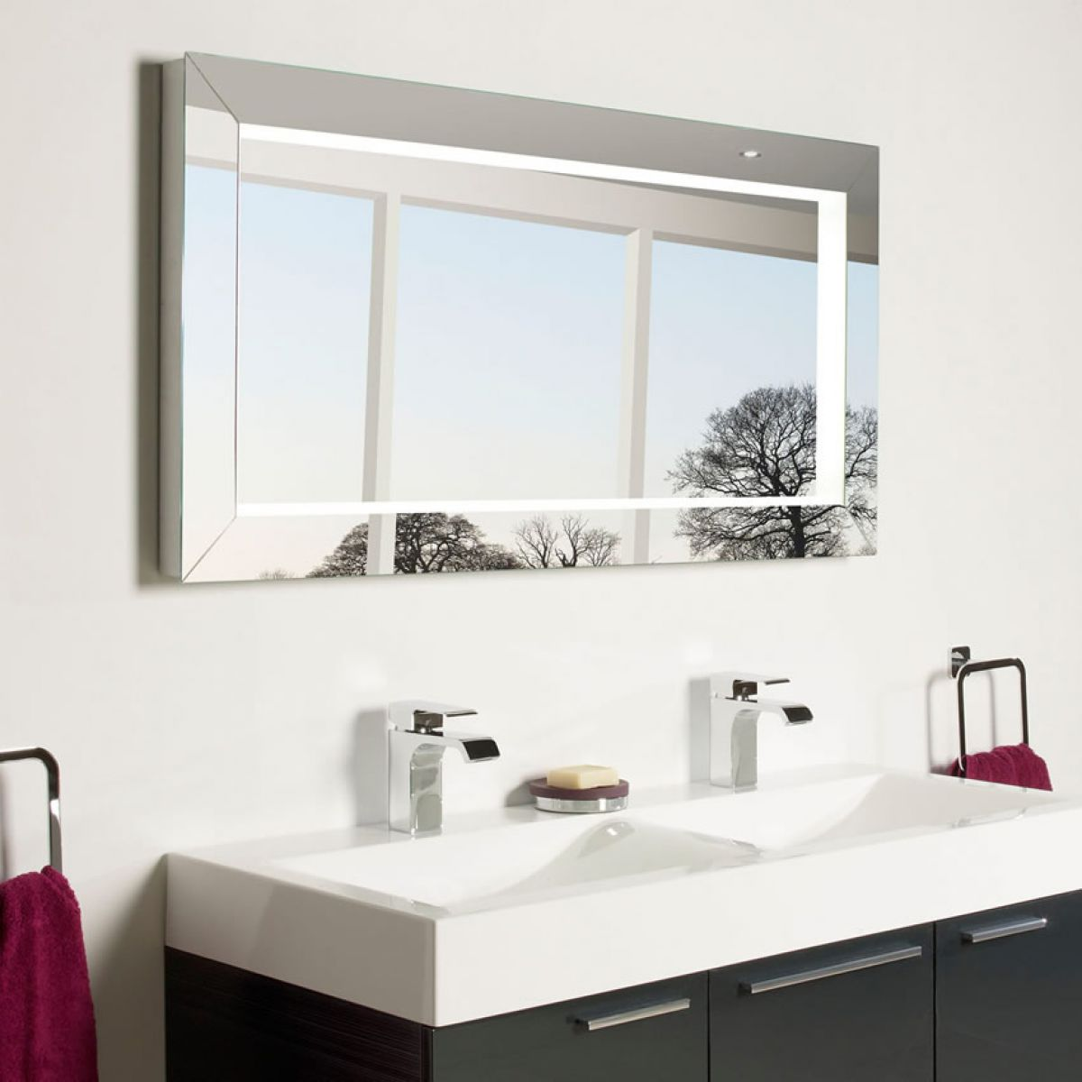 Roper Rhodes Affinity Illuminated Bathroom Mirror : UK