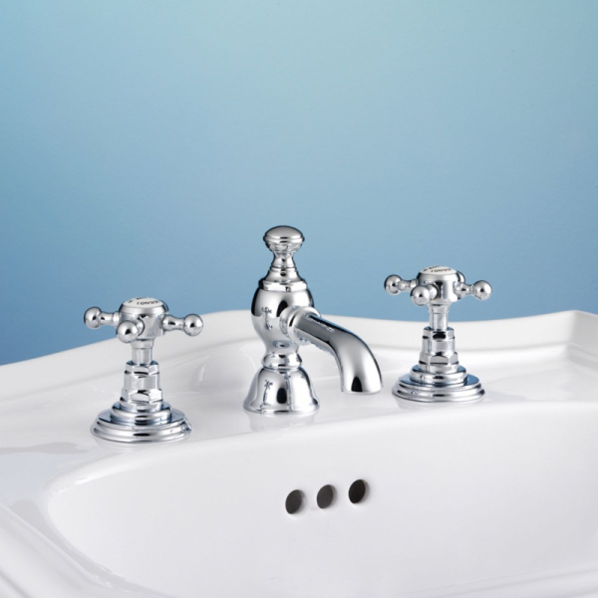 Silverdale Victorian Traditional 3 Hole Basin Mixer : UK Bathrooms