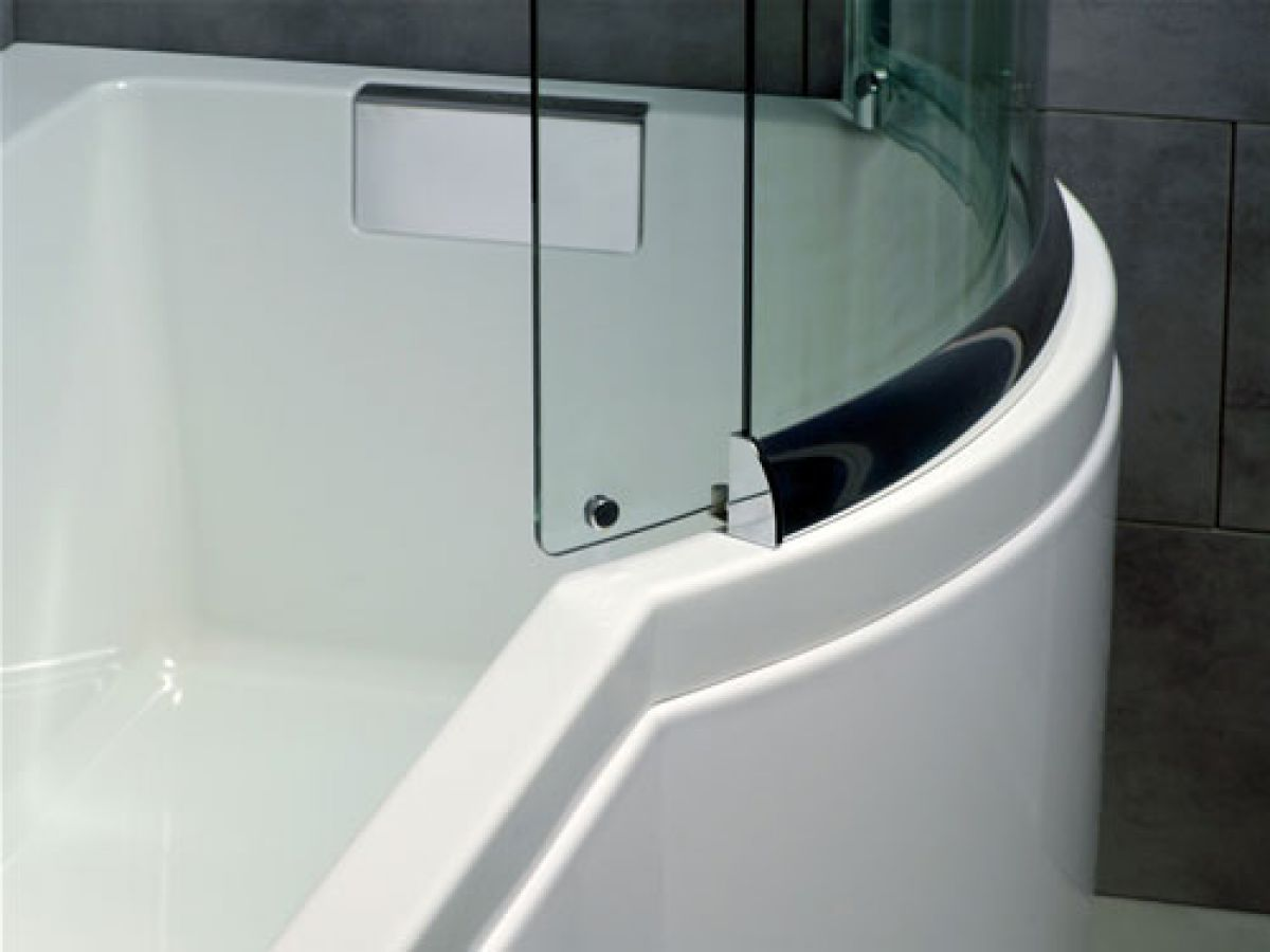 Carron Celsius Showerbath Uk Bathrooms