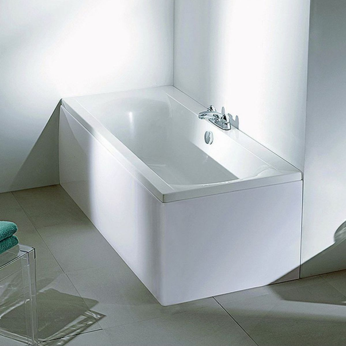 Adamsez sona wide rim double ended bath uk bathrooms for How wide is a bathtub