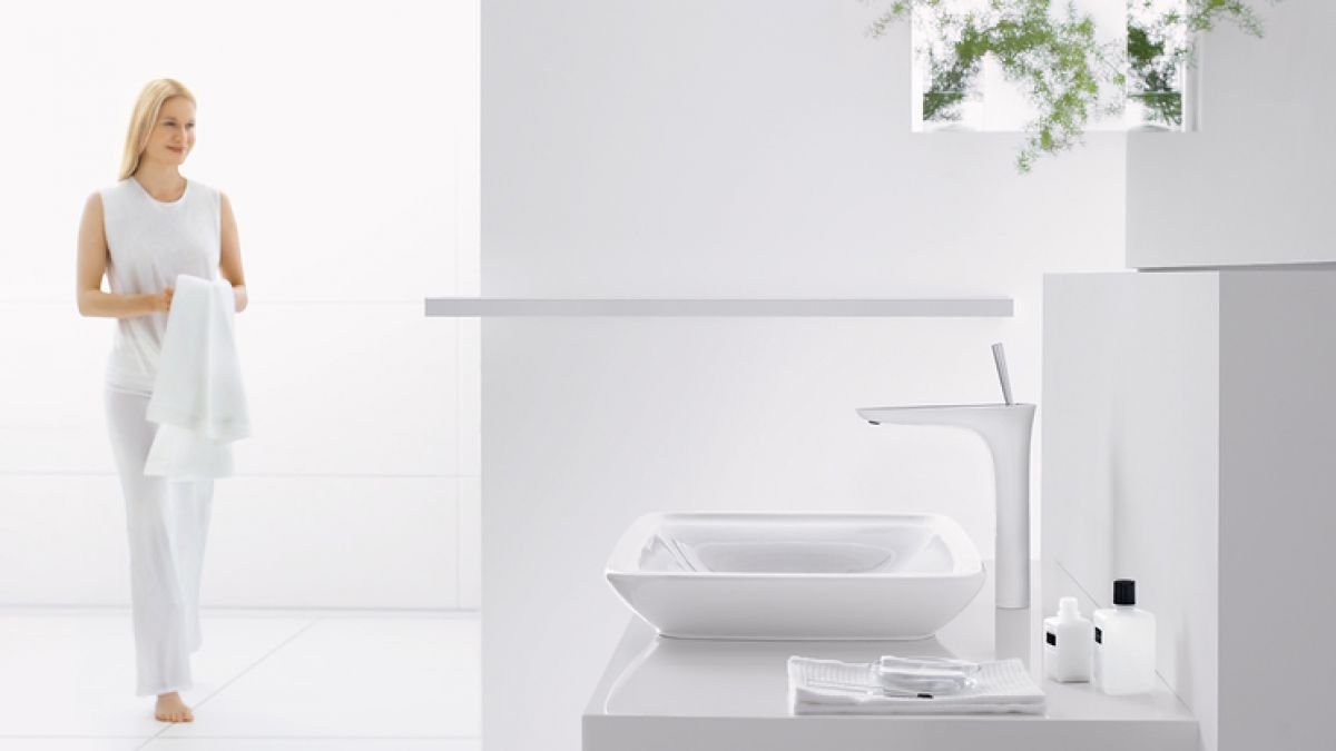 Hansgrohe puravida 240 tall basin mixer tap uk bathrooms for Hansgrohe puravida