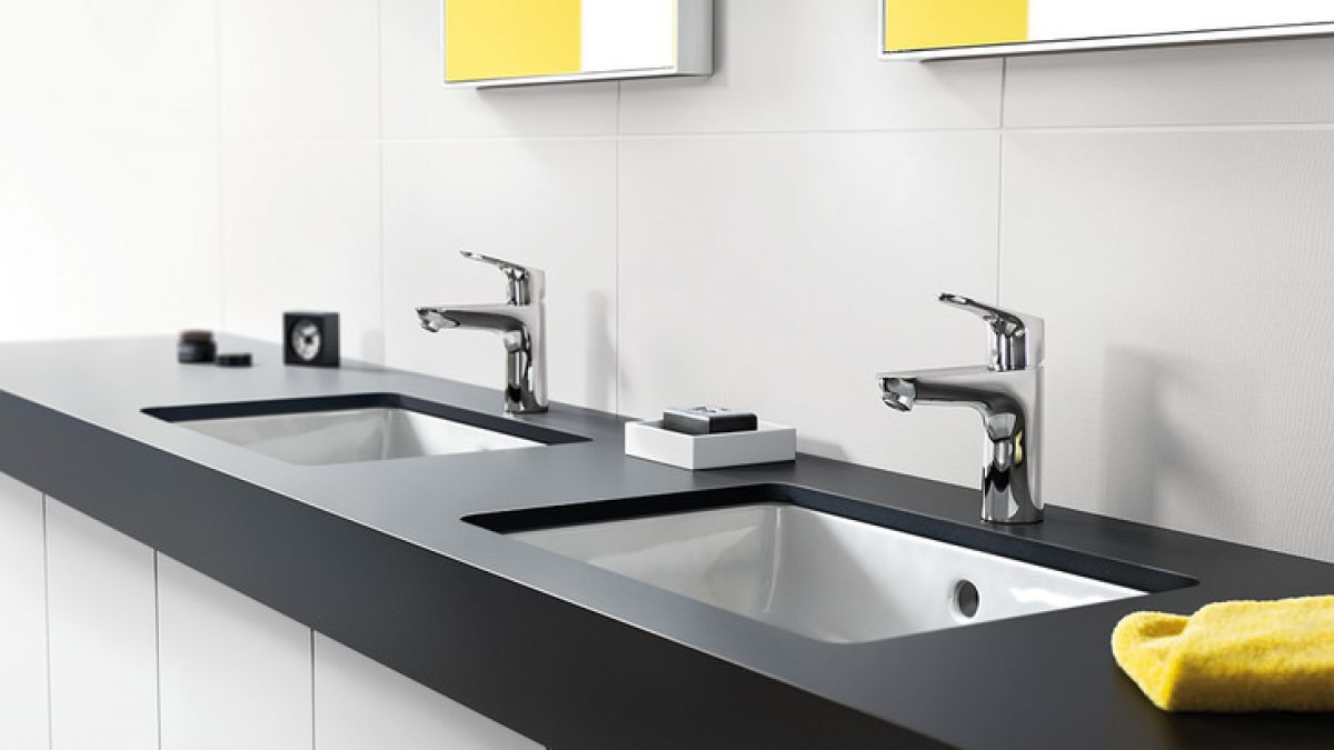 hansgrohe focus 100 basin mixer tap uk bathrooms. Black Bedroom Furniture Sets. Home Design Ideas