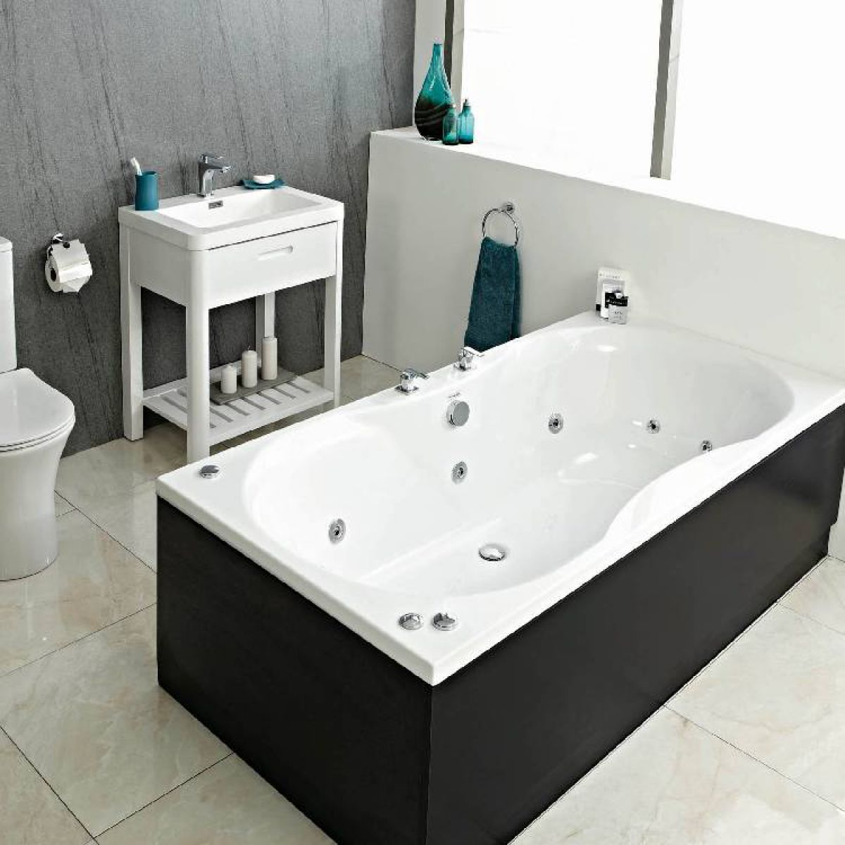 Phoenix Bari Luxury Double Ended Bath : UK Bathrooms