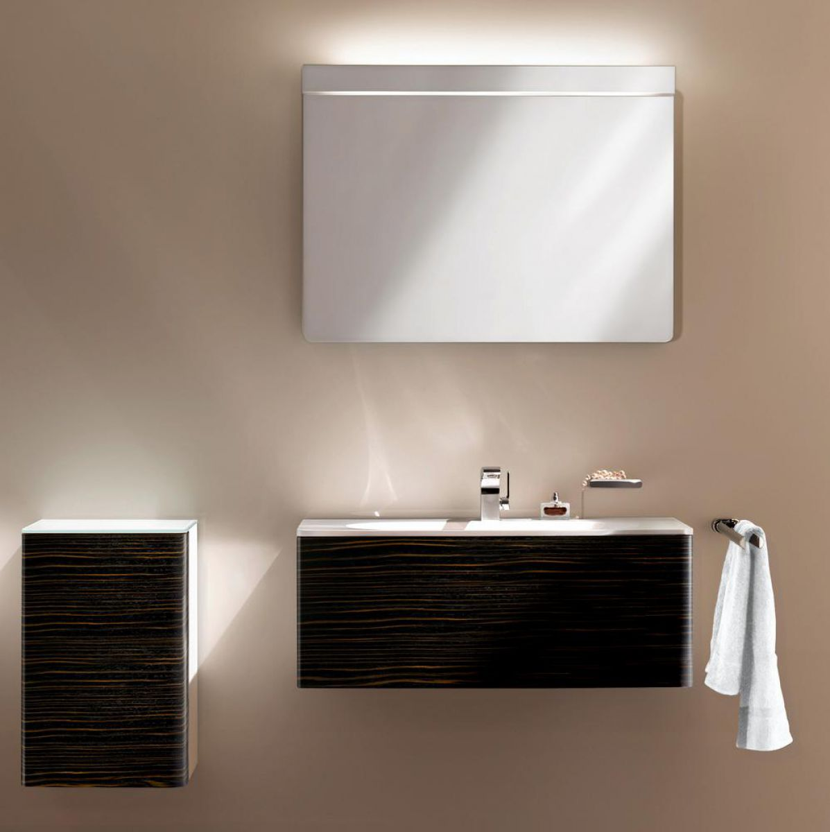 keuco elegance light mirror uk bathrooms. Black Bedroom Furniture Sets. Home Design Ideas