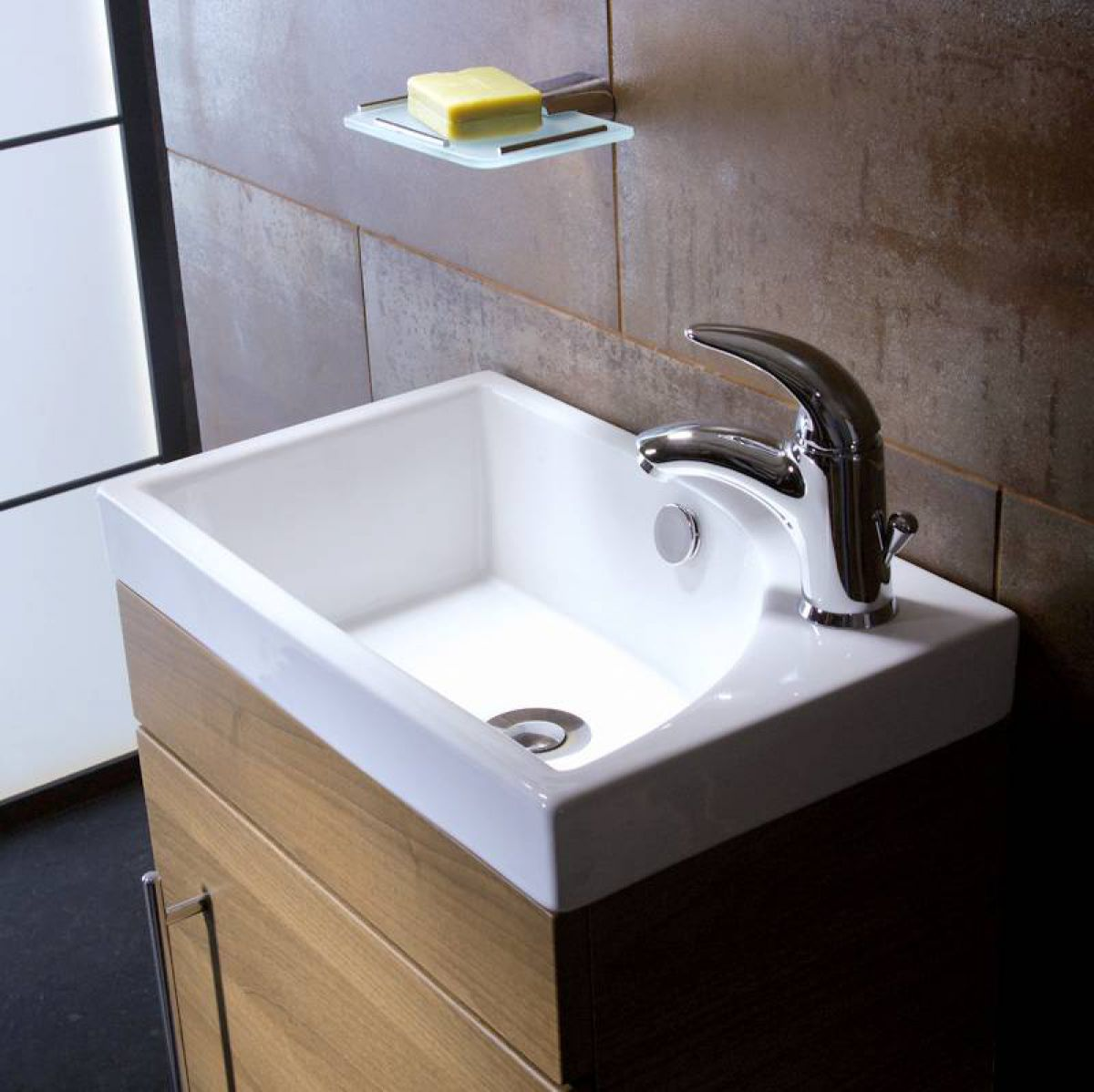 Roper Rhodes Esta 445mm Cloakroom Wall Mounted Unit Uk Bathrooms