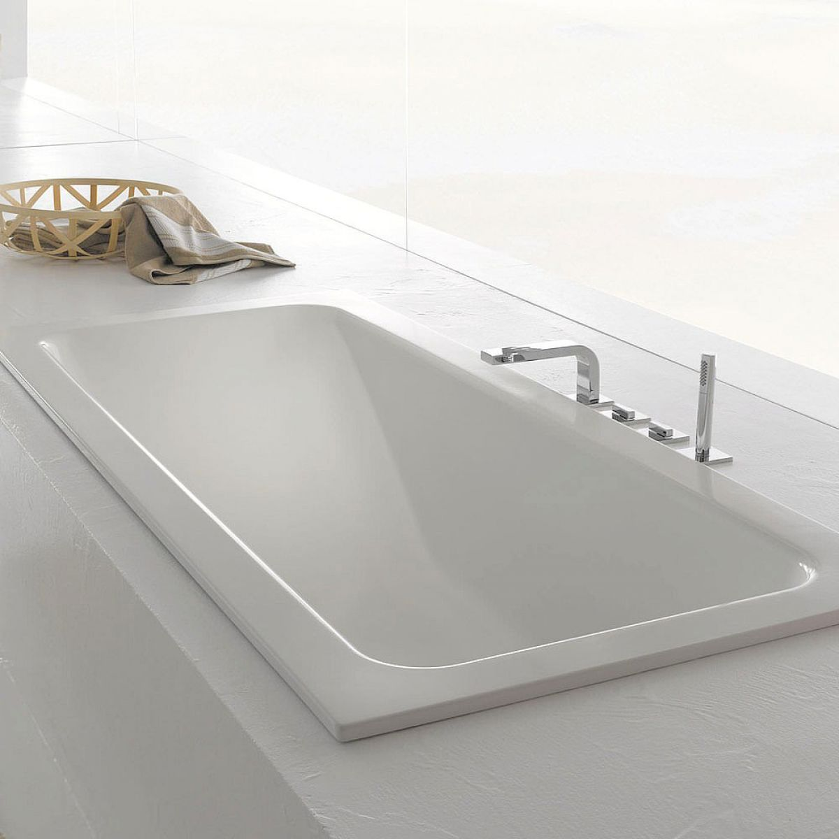 image example of a steel bath