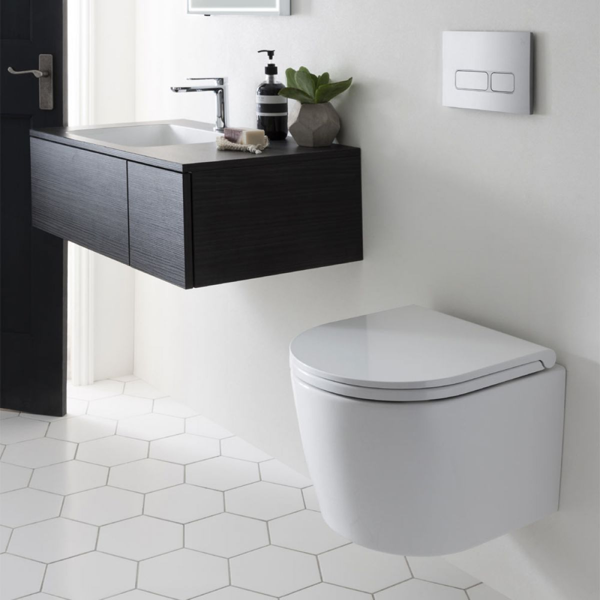 Bauhaus Pier Short Projection Wall Hung Toilet Uk Bathrooms