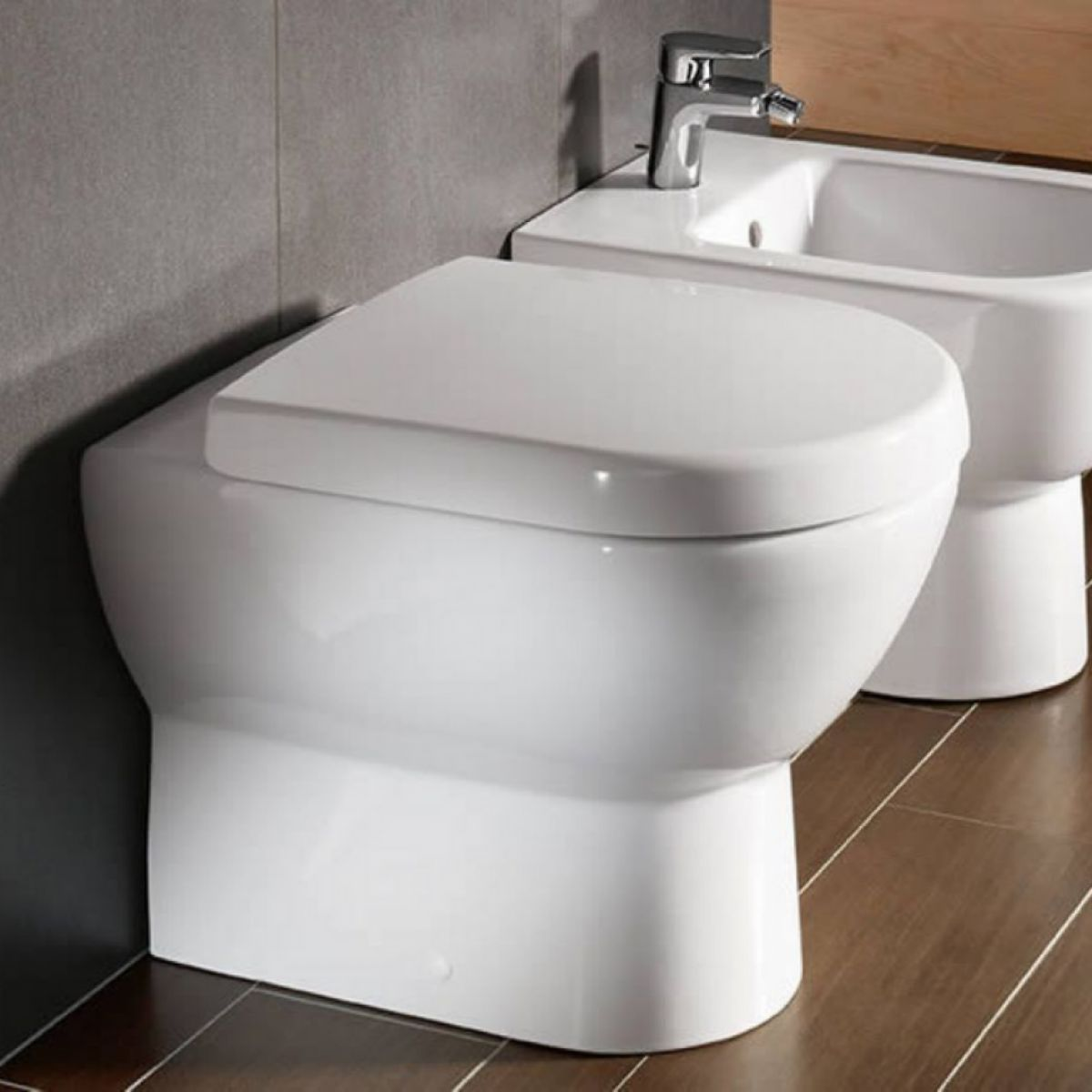 villeroy boch subway floorstanding toilet uk bathrooms. Black Bedroom Furniture Sets. Home Design Ideas