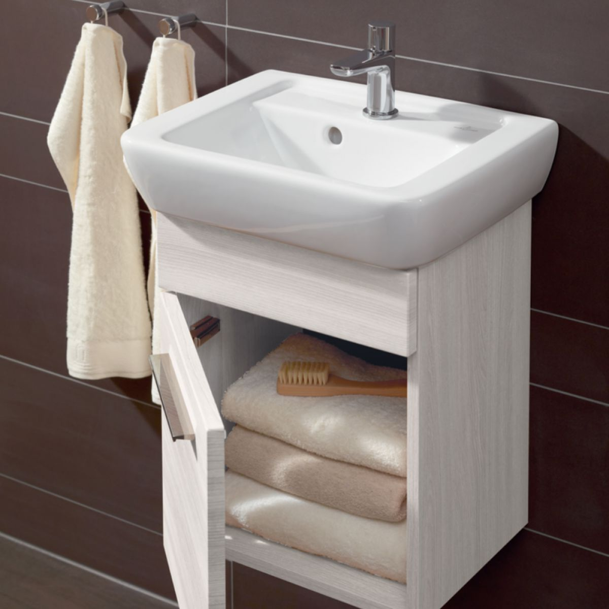 villeroy boch soho 2 cloakroom vanity unit uk bathrooms rh ukbathrooms com Bathroom Vanity with Basin Units Miami Bathroom Vanity