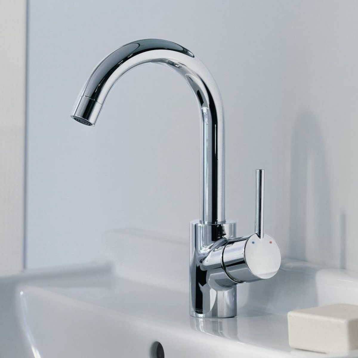 hansgrohe talis 39 s single lever basin mixer uk bathrooms. Black Bedroom Furniture Sets. Home Design Ideas