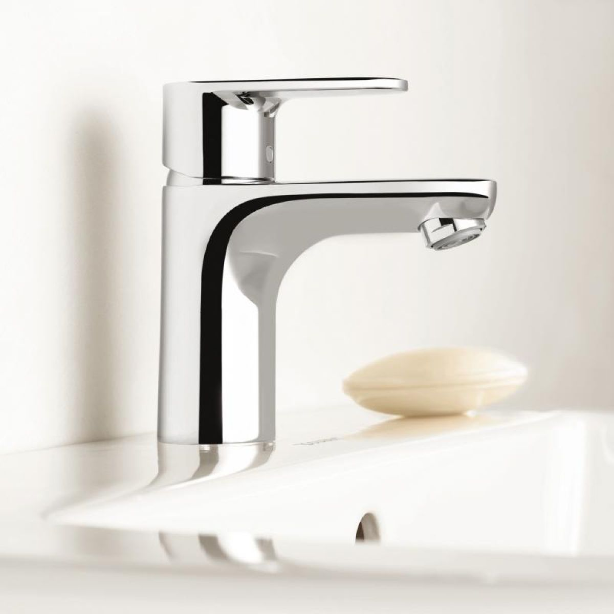 hansgrohe talis e 2 basin mixer tap uk bathrooms. Black Bedroom Furniture Sets. Home Design Ideas