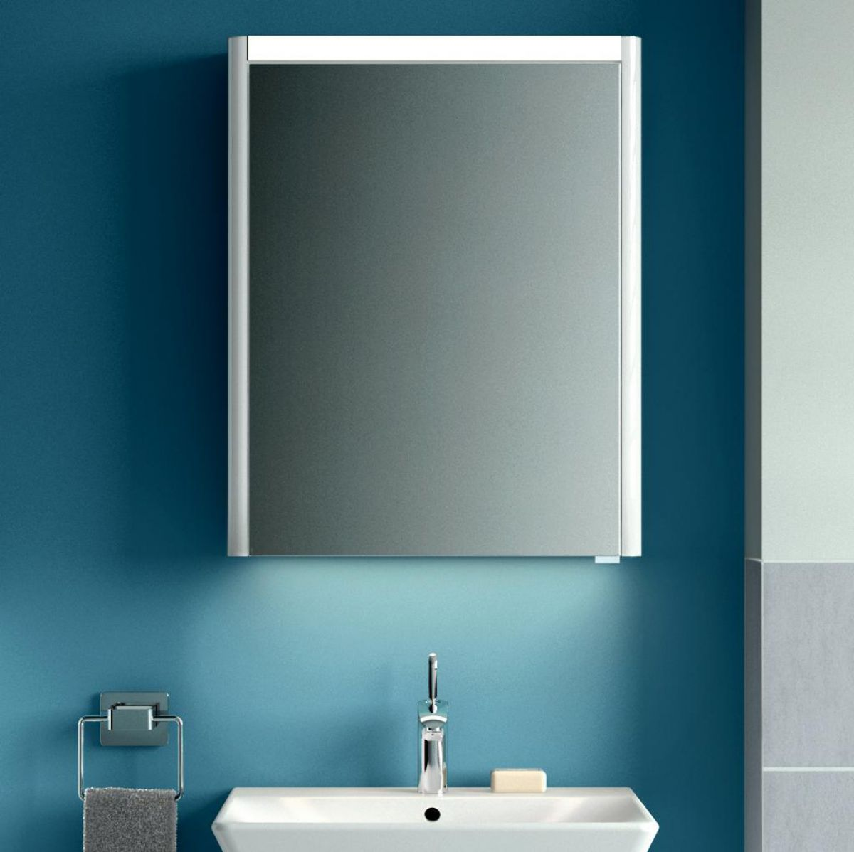 Vitra T4 Single Door Illuminated Mirror Cabinet & Vitra T4 Single Door Illuminated Mirror Cabinet : UK Bathrooms