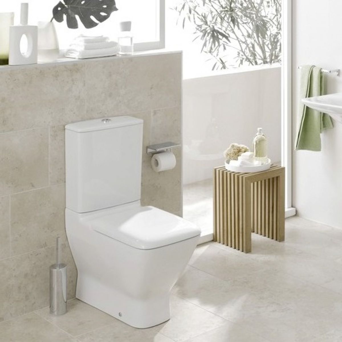 laufen palace close coupled toilet uk bathrooms. Black Bedroom Furniture Sets. Home Design Ideas