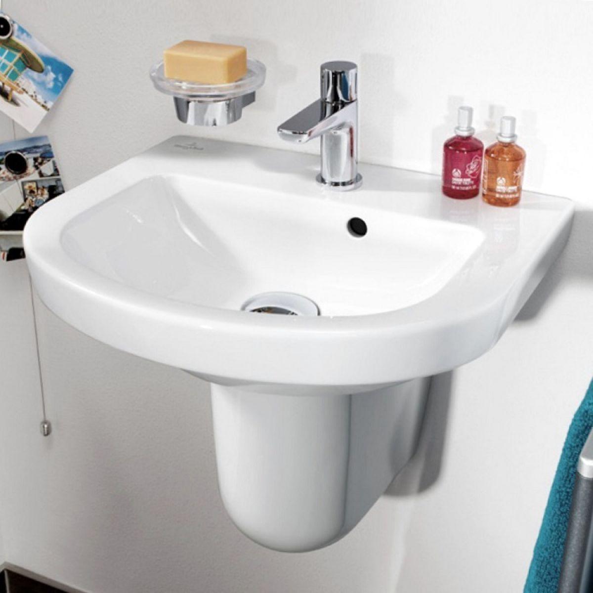 villeroy and boch subway 2 0 hand wash basin uk bathrooms. Black Bedroom Furniture Sets. Home Design Ideas