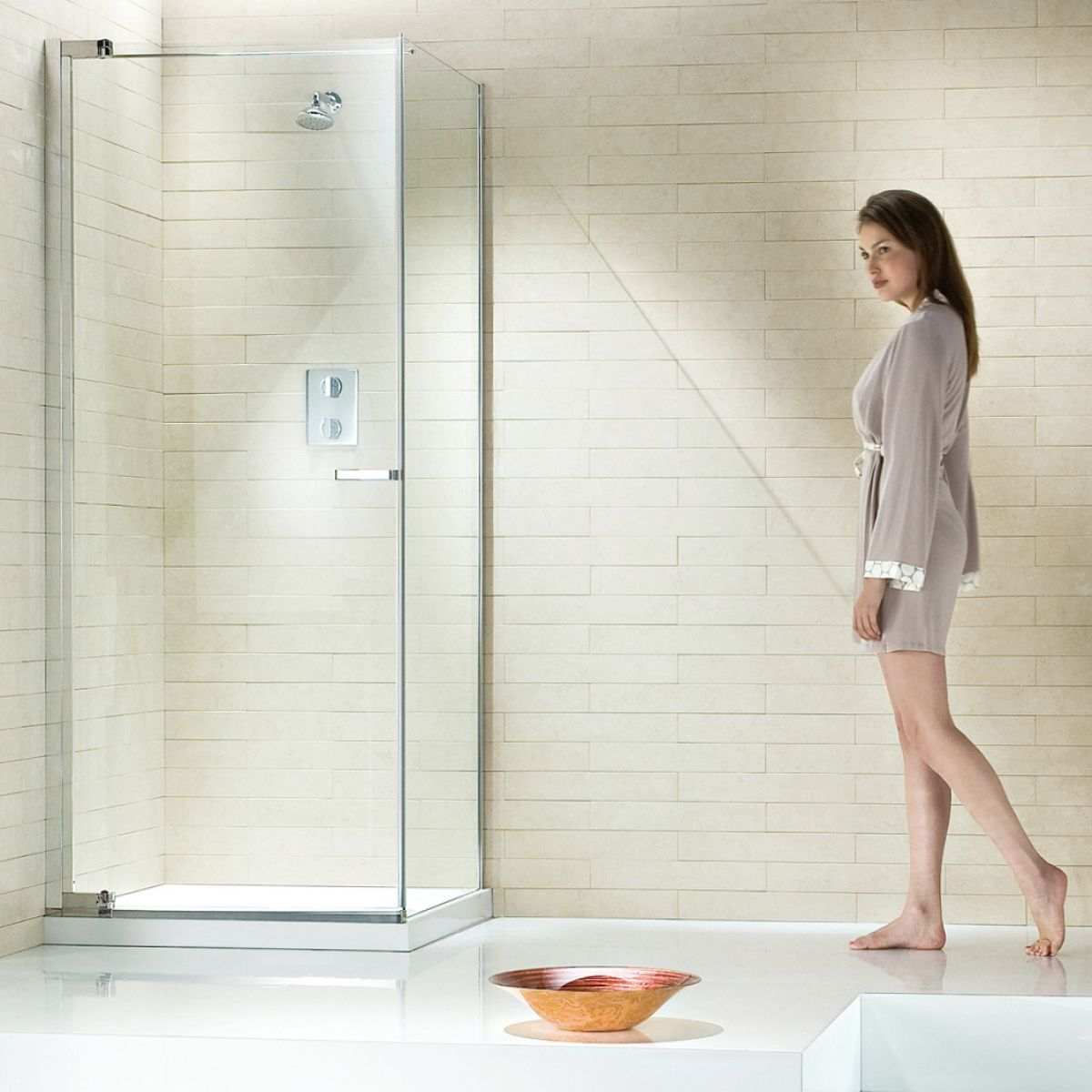 Matki New Radiance Pivot Shower Enclosure : UK Bathrooms