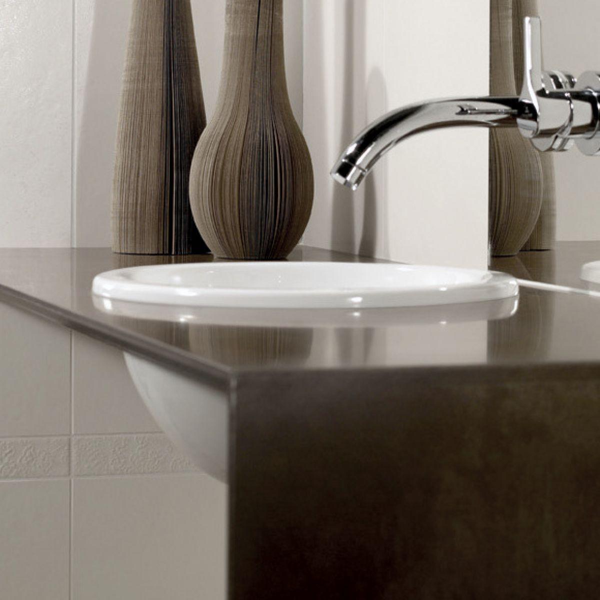 v b loop friends circular semi surface mounted washbasin. Black Bedroom Furniture Sets. Home Design Ideas