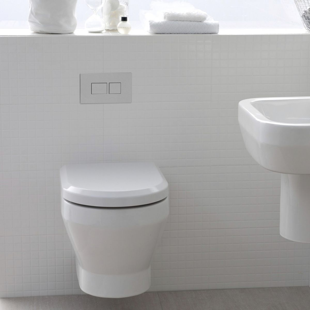 Britton Curve Wall Hung Toilet Uk Bathrooms
