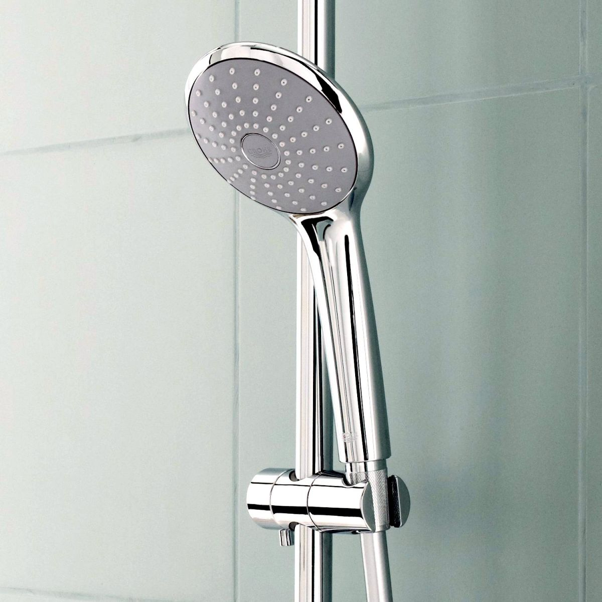 grohe grohtherm 2000 thermostatic shower mixer with. Black Bedroom Furniture Sets. Home Design Ideas
