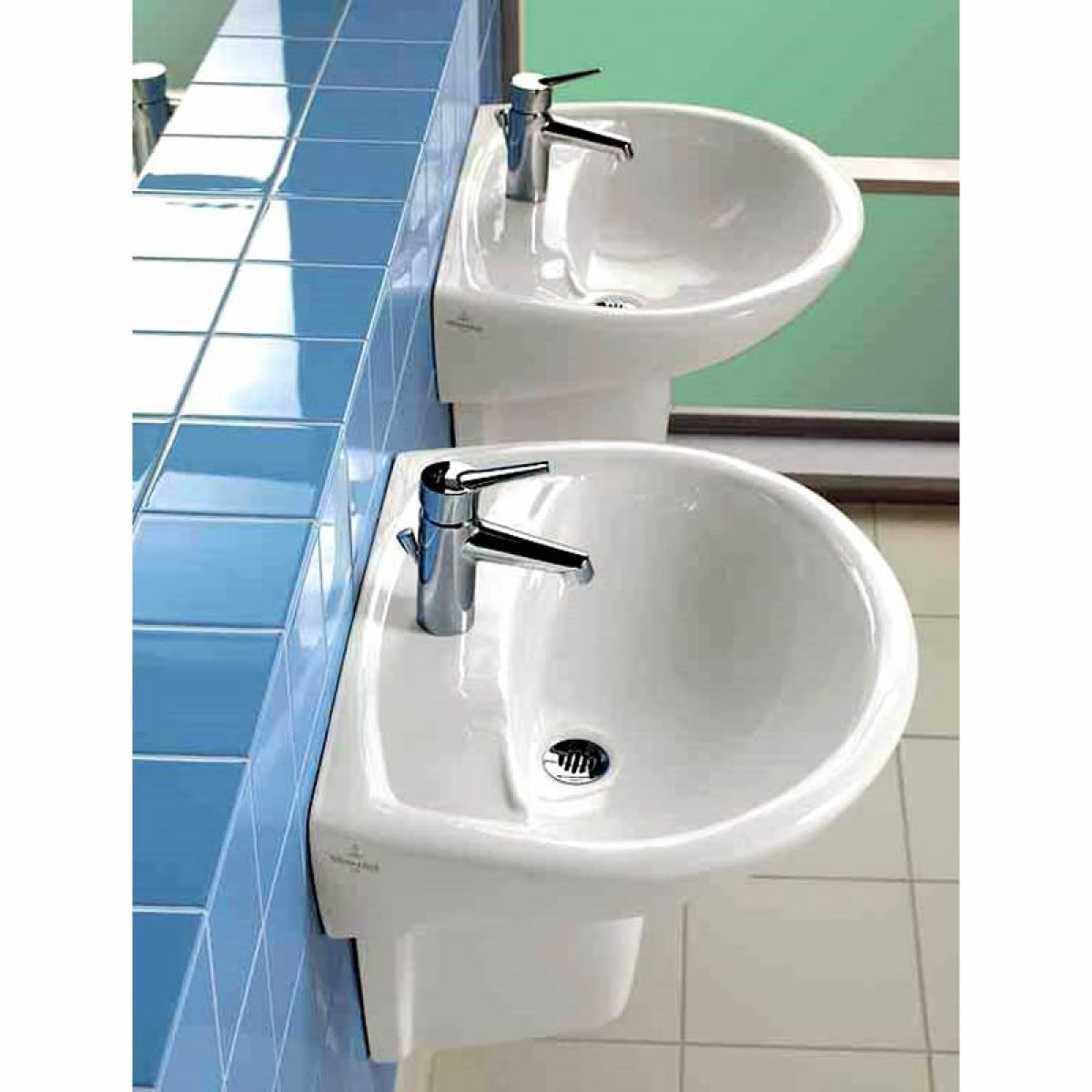 villeroy and boch omnia classic 700mm washbasin uk bathrooms. Black Bedroom Furniture Sets. Home Design Ideas
