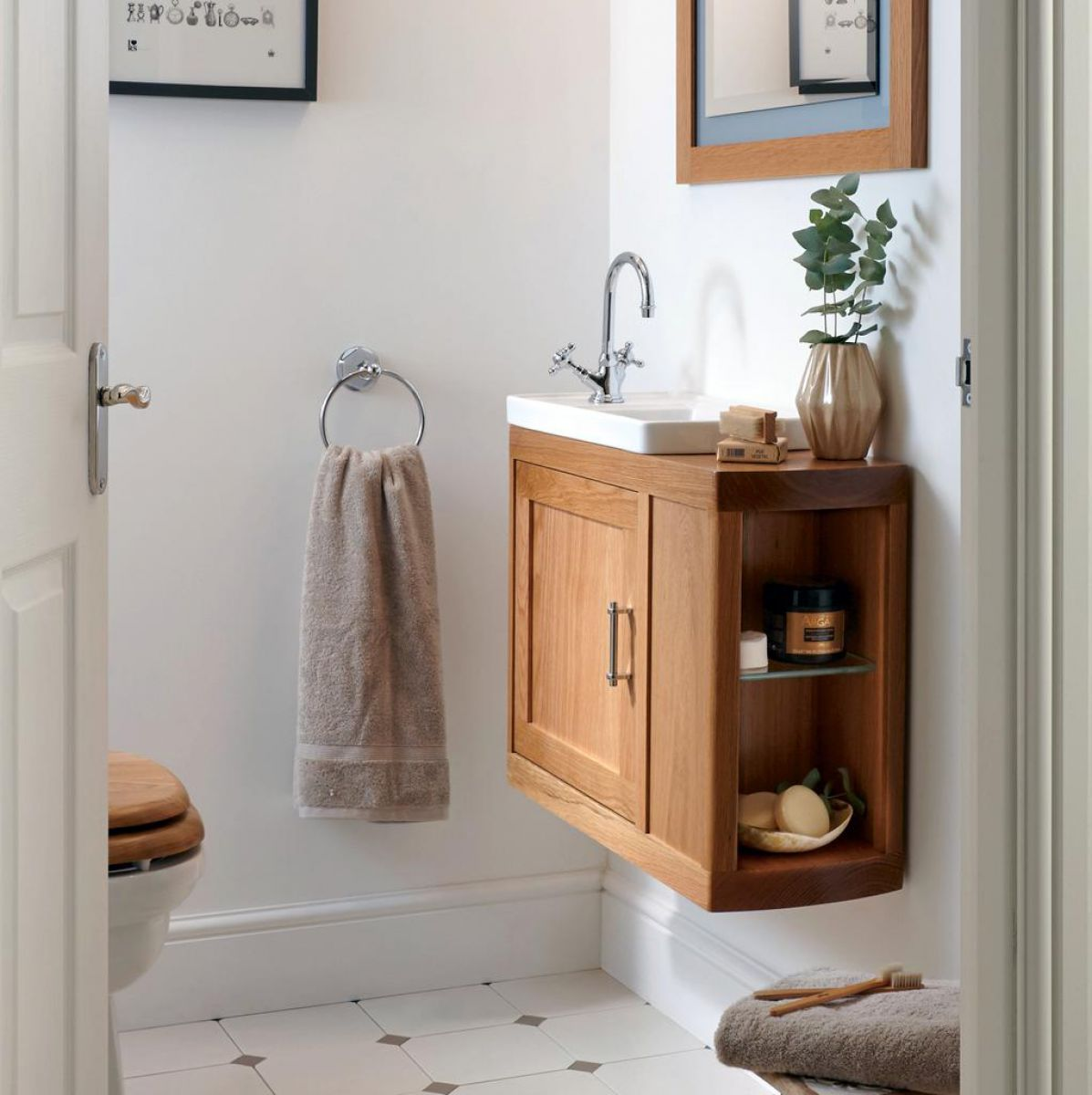 Imperial Carlyon Thurlestone Offset Cloakroom Vanity Unit