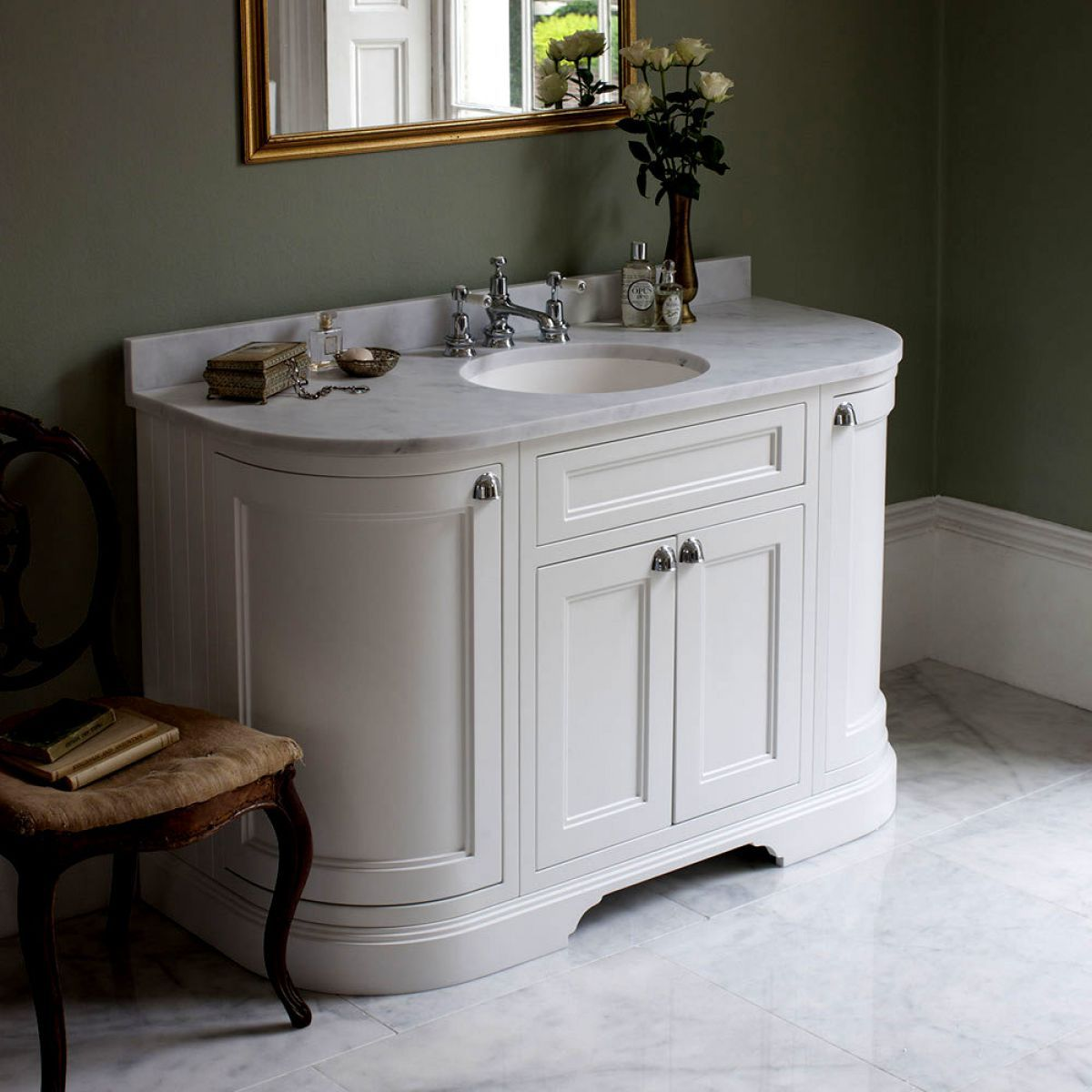 Burlington 134 curved vanity unit with double doors uk bathrooms - Marble vanity units ...