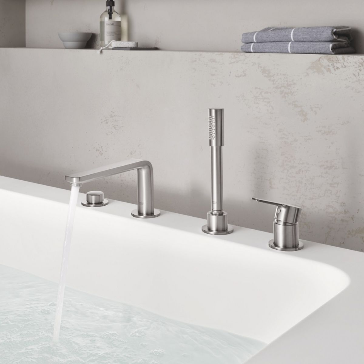 Grohe Lineare 4 Hole Bath Mixer With Shower Handset Uk Bathrooms