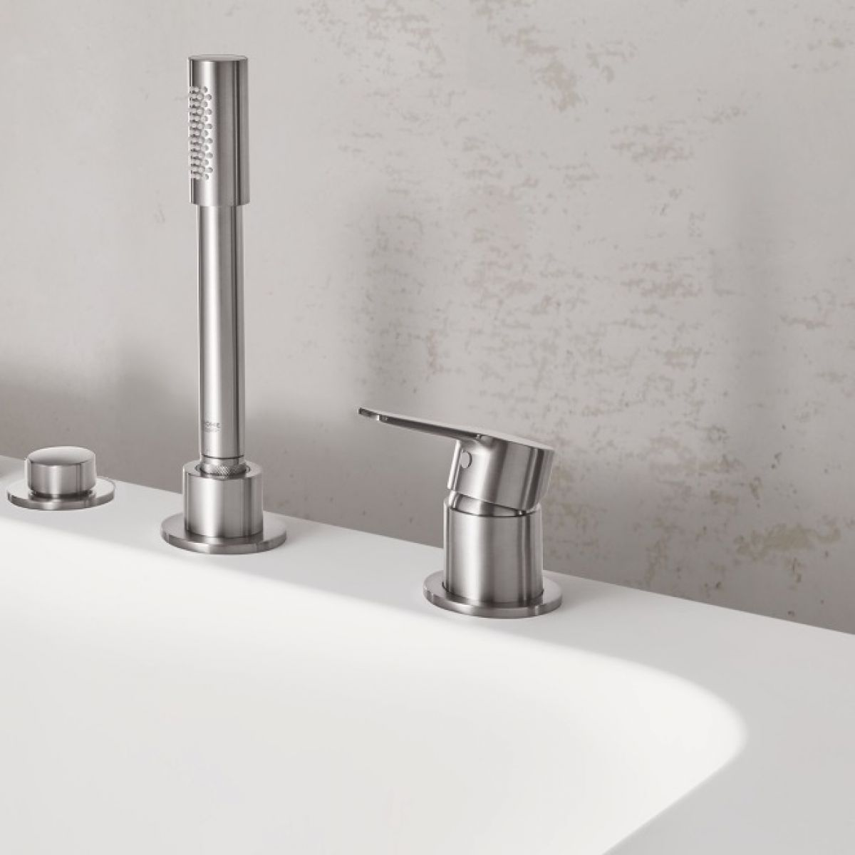 Grohe Lineare 3-hole Single Lever Bath Mixer with Shower Handset ...