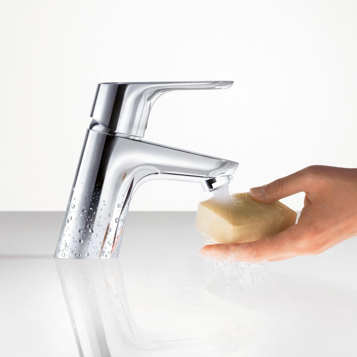 hansgrohe focus 70 basin mixer tap uk bathrooms. Black Bedroom Furniture Sets. Home Design Ideas