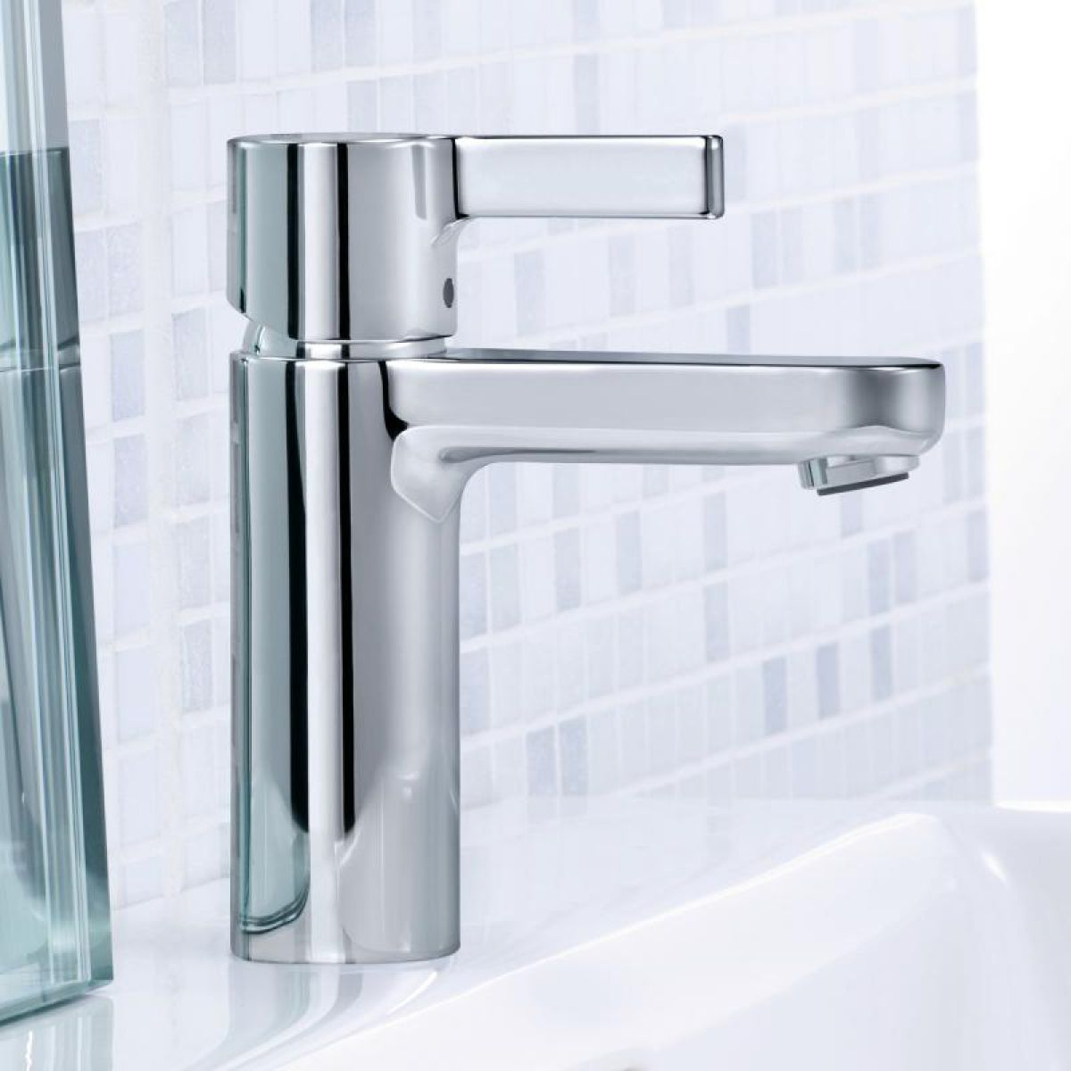 hansgrohe metris s 100 basin mixer tap uk bathrooms. Black Bedroom Furniture Sets. Home Design Ideas