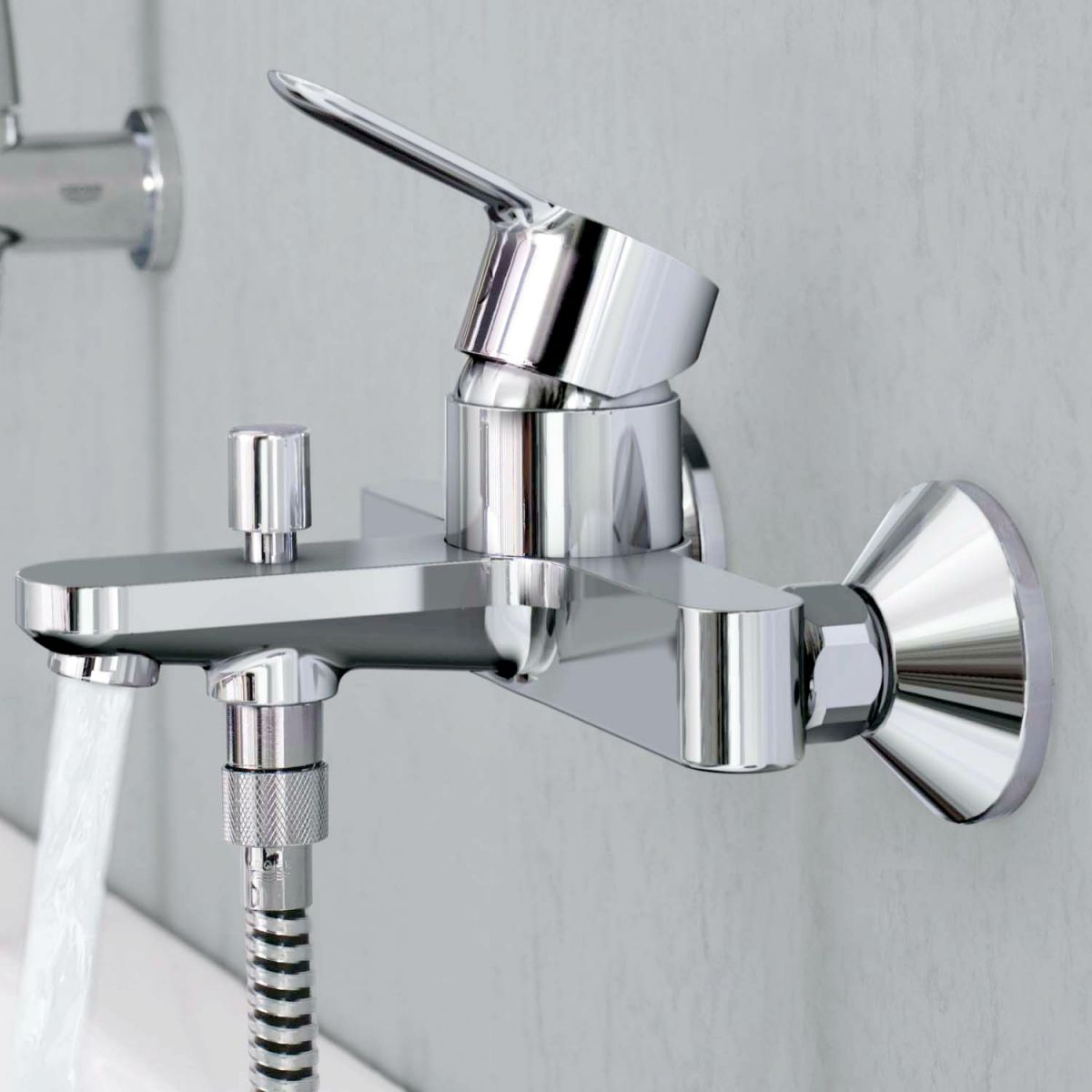 grohe bauedge wall mounted bath shower mixer uk bathrooms. Black Bedroom Furniture Sets. Home Design Ideas