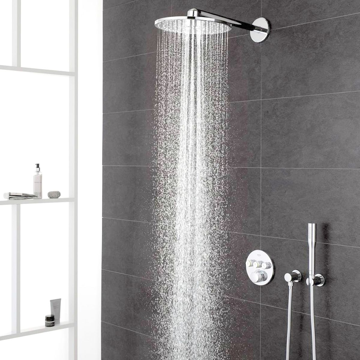 grohe grohtherm smartcontrol perfect shower system with rainshower 310 smartactive shower head. Black Bedroom Furniture Sets. Home Design Ideas