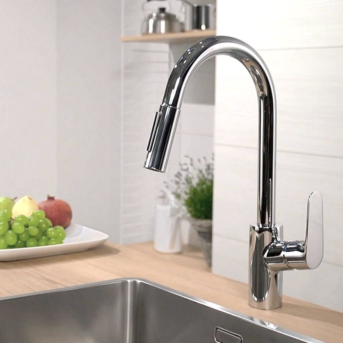 hansgrohe focus 240 kitchen mixer tap with pull out spray. Black Bedroom Furniture Sets. Home Design Ideas