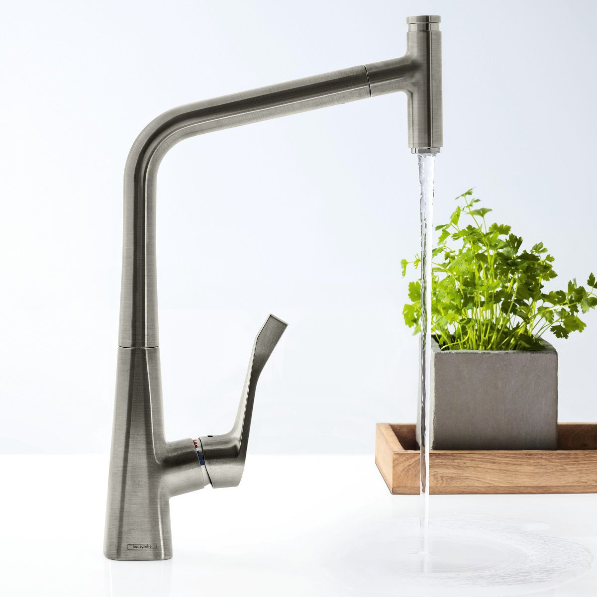 hansgrohe metris select 320 kitchen mixer tap with pull out spray uk bathrooms. Black Bedroom Furniture Sets. Home Design Ideas